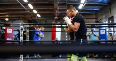 Ломаченко завершил подготовку к поединку с Кроллой