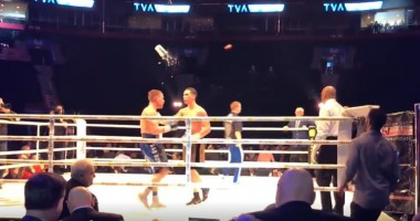 Боксер получил ведром по голове после своей победы нокаутом
