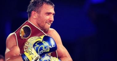 Ломаченко провел спарринг с бойцом UFC