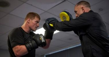 Поветкин провел открытую тренировку перед боем с Уайтом