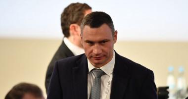 Виталий Кличко показал, как тренируется на карантине