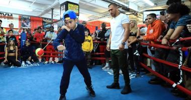 Ломаченко провел открытую тренировку в преддверии боя с Педрасой