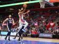 НБА: Атланта Леня уступила Оклахоме, Мемфис уверенно обыграл Детройт Михайлюка
