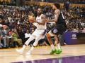 НБА: Лейкерс обыграл Сакраменто, Детройт уступил Голден Стэйт