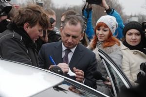 Борис Колесников стал первым символическим пассажиром Sky Taxi