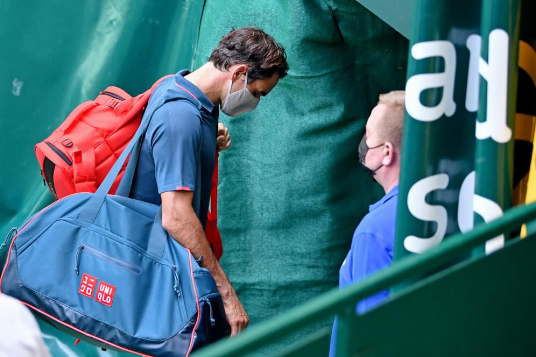 Роджер Федерер покидает турнир в Галле