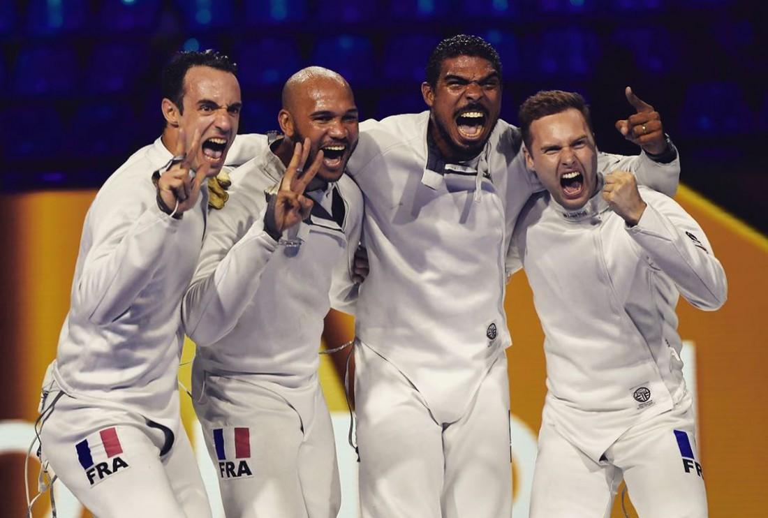 Сборная Франции - чемпион мира по фехтованию на шпагах