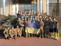 Тризуб из гильз: Воины АТО подарили сборной Украины боевые талисманы