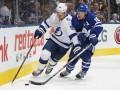 НХЛ: Калгари по буллитам обыграл Даллас, Торонто крупно уступил Тампа-Бэй