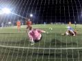 Футболист фантастически спас свои ворота от гола