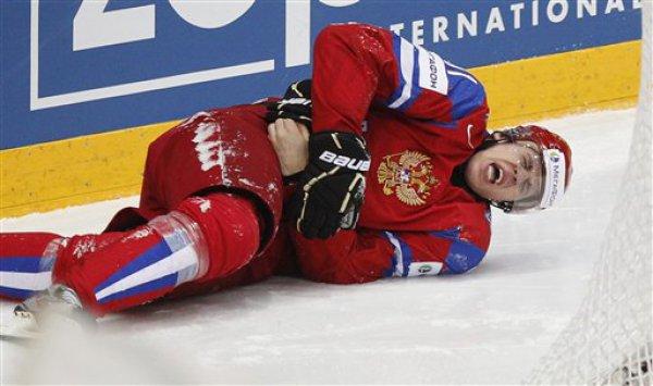 Самый эмоциональный момент матча - повреждение Евгения Малкина