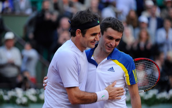 Роже Федерер хорошо попотел в матче против Симона