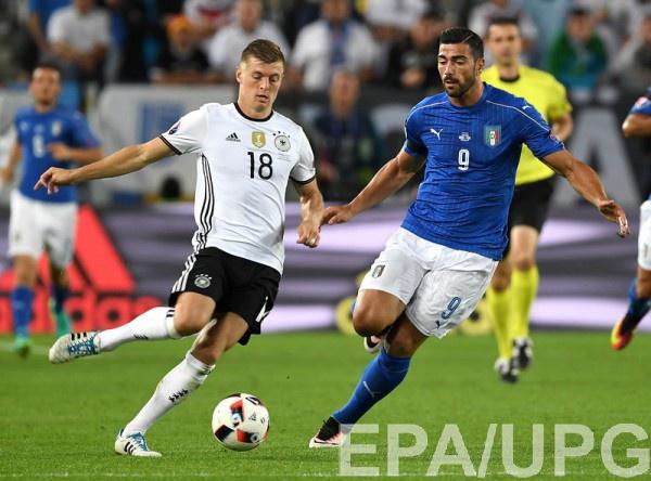 Кроос в матче с Италией