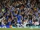Микаэль Эссьен празднует гол в ворота Барселоны