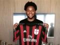 Официально: Луис Адриано переходит в Милан