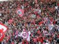Два греческих клуба, обвиненные в коррупции, сохранили место в высшем дивизионе