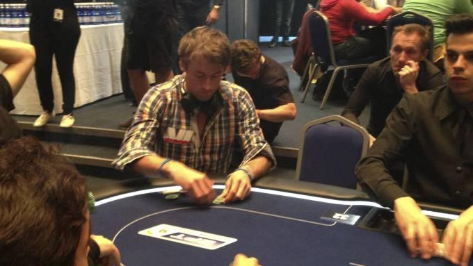 Петтер Нортуг выиграл в покер крупную сумму денег