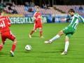 Футбольный арбитр назначил пенальти за плевок в соперника