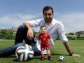 Мхитарян анонсировал выпуск новой игрушки в виде своей уменьшенной копии