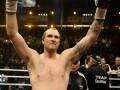 Холифилд назвал имя боксера, способного победить Владимира Кличко