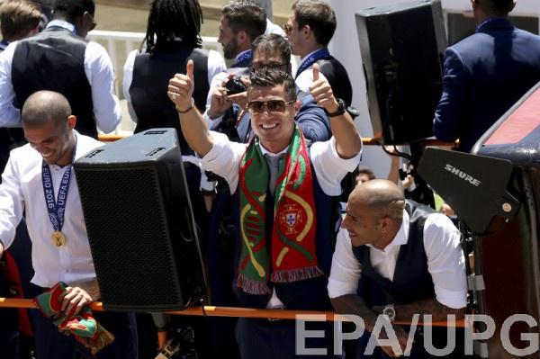 Криштиану Роналду на празднование чемпионства