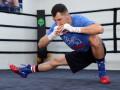 Бой Постол - Кроуфорд: Фото с открытой тренировки украинца
