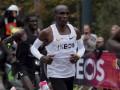 Легендарный Элиуд Кипчоге выбежал марафон из 2:00