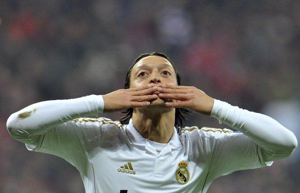 Реал выиграл все матчи группового этапа