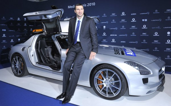 Владимир Кличко и Mercedes SLS AMG