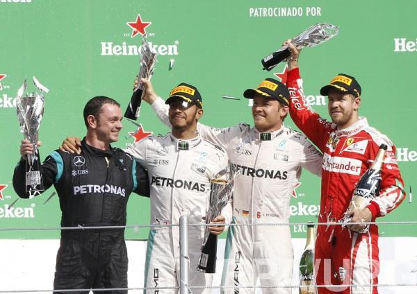 Хэмилтон выиграл Гран-при Мексики