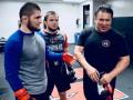 Тренер Нурмагомедова - о бое с Гэтжи: Этот вечер может стать плохим для нас