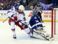 NHL. Лундквист и Нэш помогли Рейнджерам сравнять счет в серии