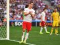 Нападающий сборной Польши получил повреждение в дельфинарии
