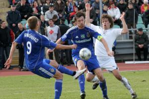 Динамо увозит из Луганска три очка