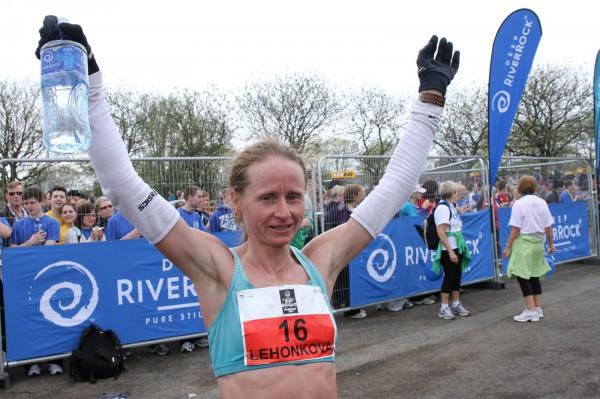 Аналитика: Наталия Лехонкова выиграла Лос-Анджелесский марафон