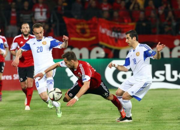 Армения получила деньги за поражение от Албании
