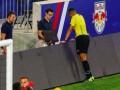 Впервые в истории футбола видеоповтор позволил удалить игрока