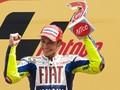 Валентино Росси одержал сотую победу в карьере