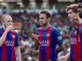 Игроки Барселоны разыграли ключи от машины прямо на поле