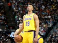 НБА: Лейкерс потерпел поражение от Юты, Портленд разгромил Чикаго