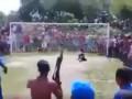В Бразилии болельщик пришел на матч с автоматом