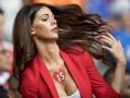 Девушка дня: Супруга игрока сборной Швейцарии, покорившая сердца зрителей