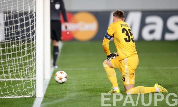Акинфеев в очередной раз пропустил в Лиге чемпионов