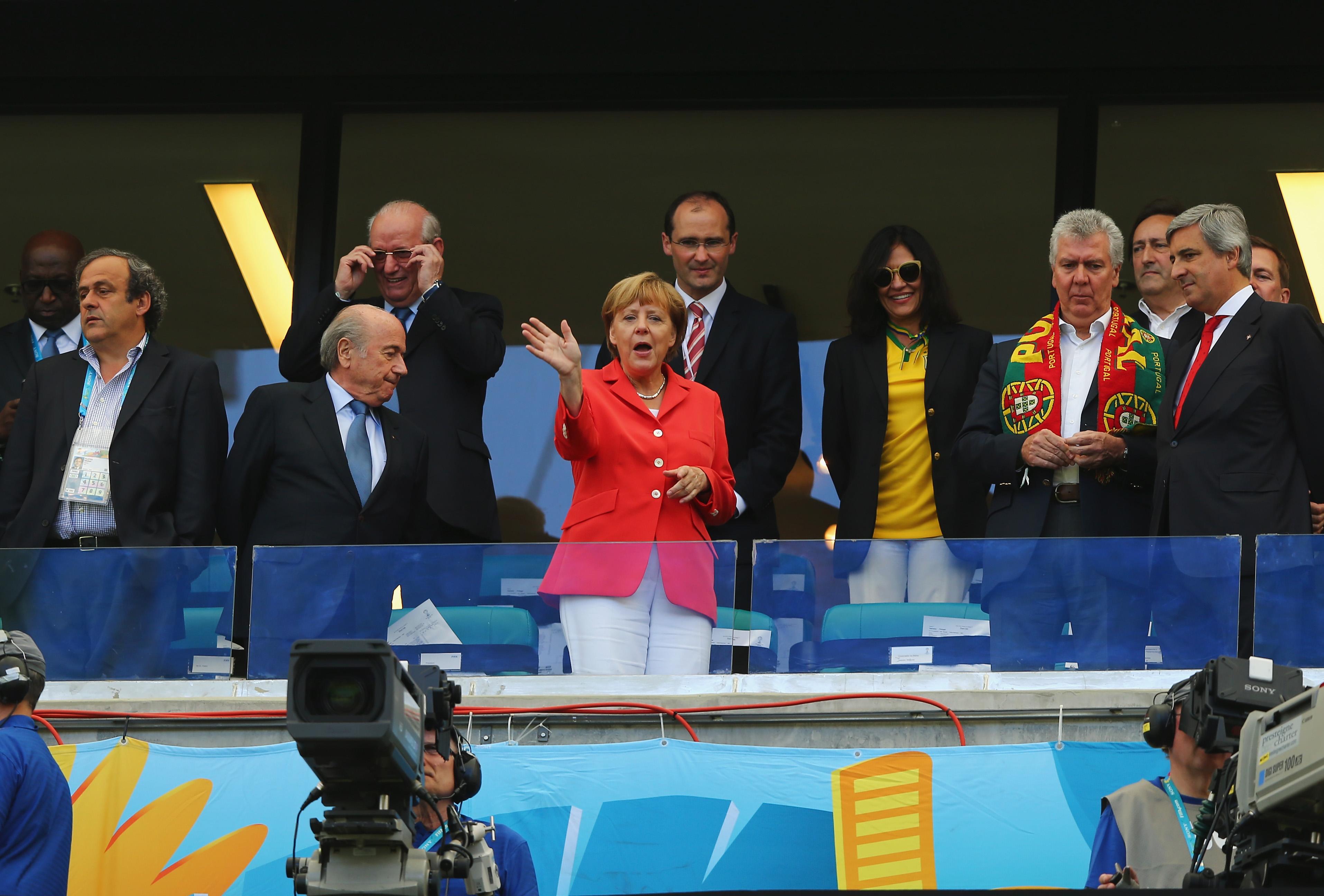 Ангела Меркель на поединке Германия - Португалия