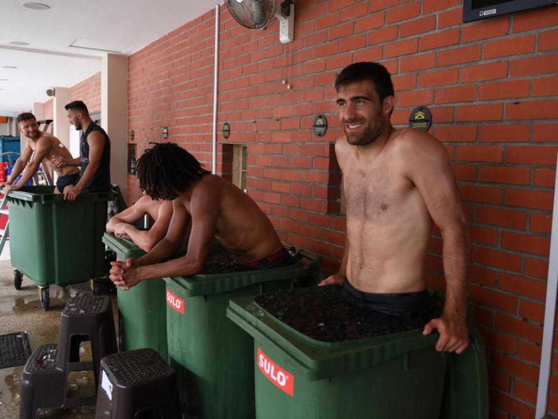 Игроки Арсенала окунулись в ледяную воду