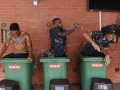 Игроки Арсенала искупались в мусорных контейнерах, заполненных ледяной водой