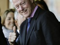 Билл Клинтон сорвал голос на матче США с Алжиром