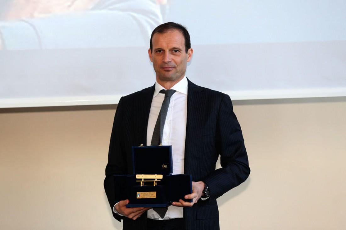 Массимилиано Аллегри выиграл Золотую скамью