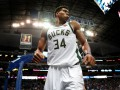 Мощные данки Леня и Адетокумбо – в десятке лучших моментов дня НБА