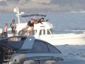 Ибрагимович повеселился с женой на яхте